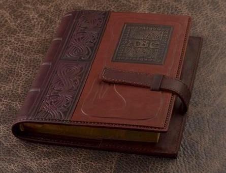 Подарочный ежедневник GukFactory (коричневый, светло-коричневый, нат. кожа)
