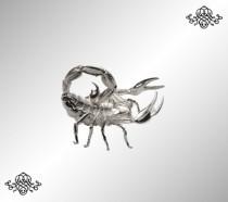 Серебряная визитница Скорпион