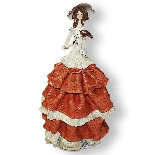 Статуэтка из фарфора Дама со скрипкой в красном платье