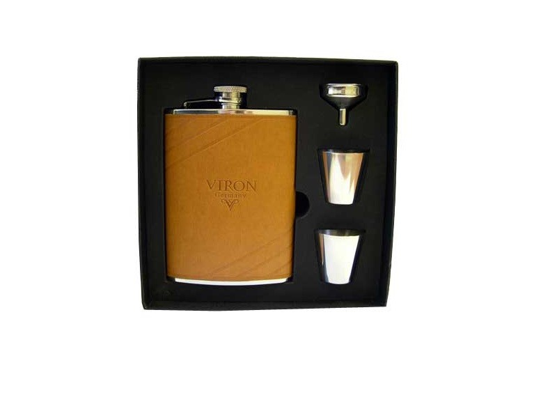 Подарочный набор VIRON (фляжка, две стопки, воронка)