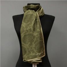 Утепленный палантин в зеленых тонах Ungaro