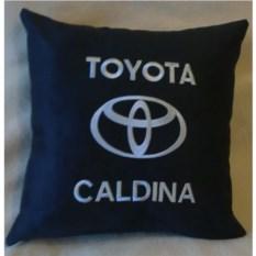 Черная с серебристой вышивкой подушка Toyota Caldina