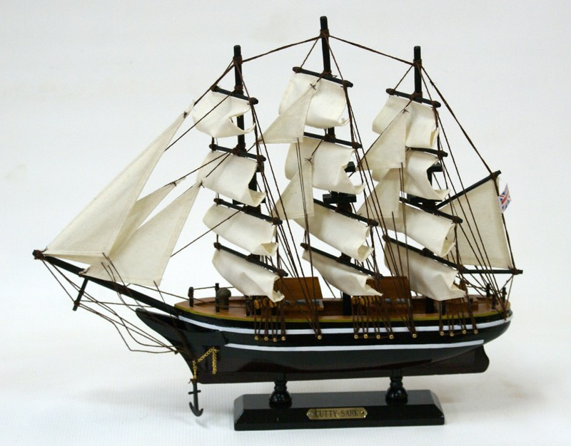 Модель парусника Cutty Sark
