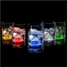 Набор из 5 бокалов для виски, сияющих от прикосновения руки