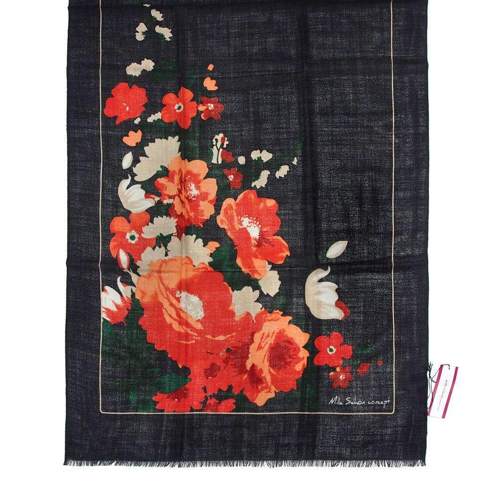 Классический черный палантин с красными цветами Mila Schon