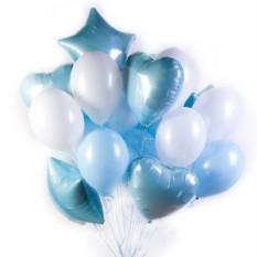 Бело-голубые шары с сердечками и звездами