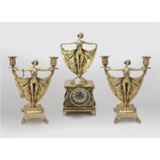Каминные золотистые часы в наборе с канделябрами Балерина