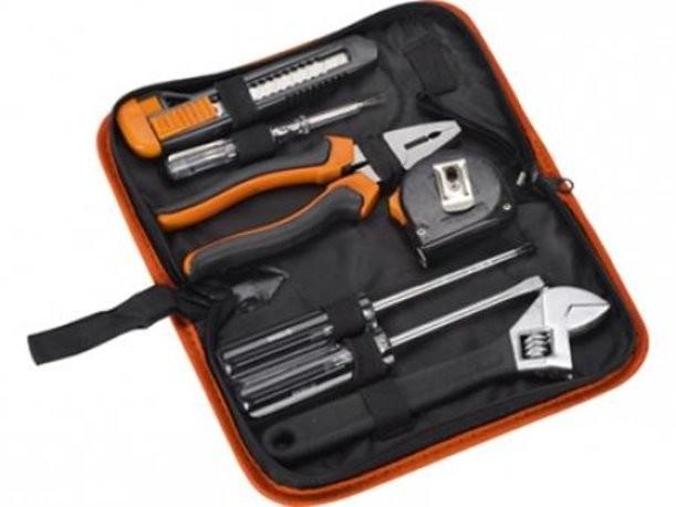 Оранжевый набор инструментов в чехле