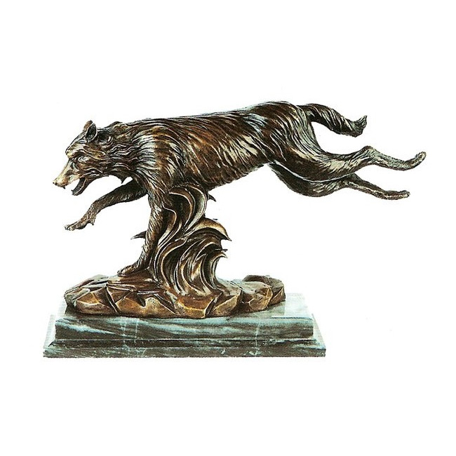Статуэтка «Волк в прыжке»