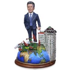 Подарок нефтянику по фото Президенту корпорации