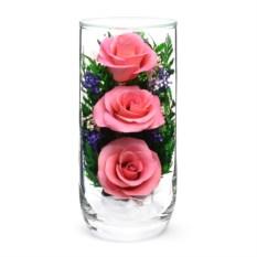 Композиция из розовых роз в подарочной упаковке