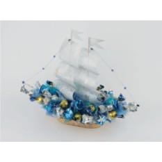 Букет из конфет Серебряный кораблик