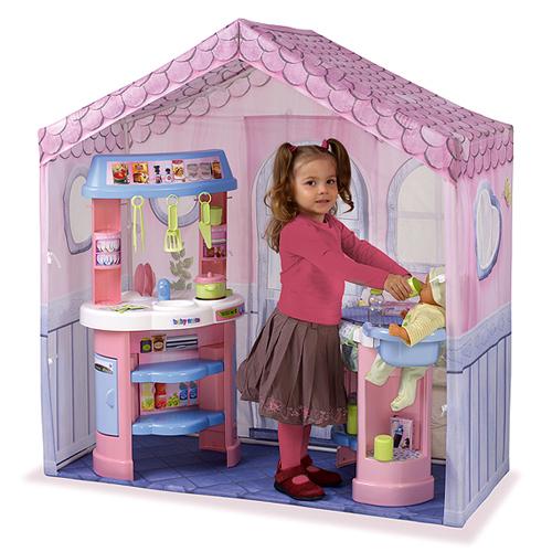 Игровой домик: кухня, центр по уходу за куклой