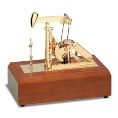 Музыкальная статуэтка «Нефтяная качалка»