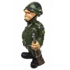 Статуэтка «Военный»