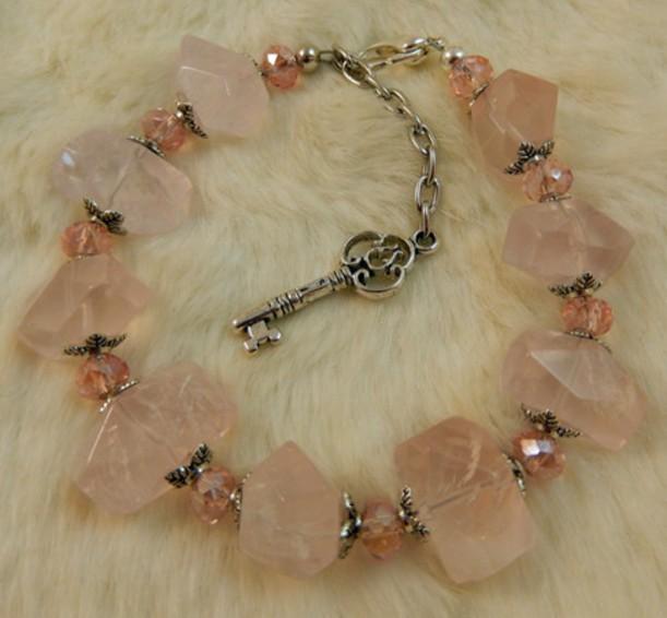 Браслет Розовый кварц с ключом