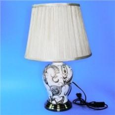 Электрическая лампа с абажуром (белая огуречным рисунком)