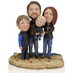 Кукла-шарж по фото «Счастливое семейство»