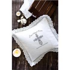 Декоративная наволочка с именной вышивкой Ажурный крест