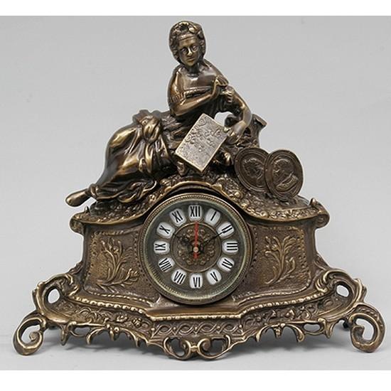 Часы бронзовые каминные Дама с книгой