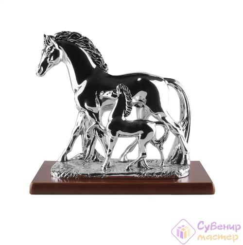 Скульптура «Лошадь с жеребёнком», серебро