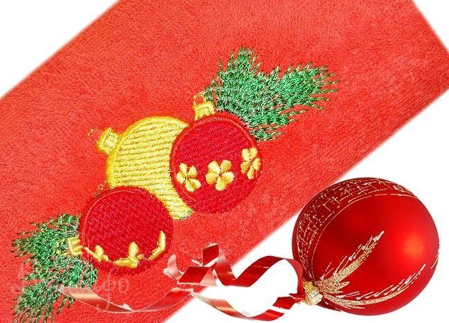 Полотенце с вышивкой New Year Bells, красное
