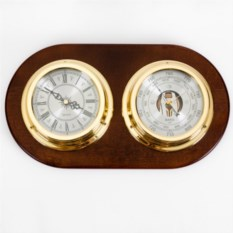 Настенные часы с барометром из дерева
