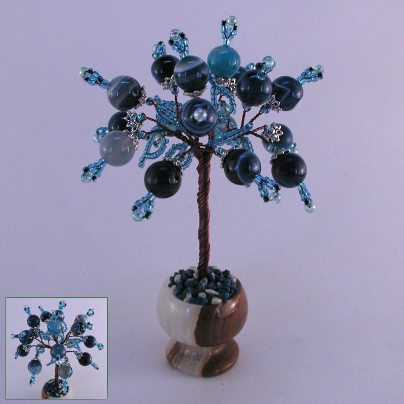 Миниатюрное дерево желаний из агата в вазочке из оникса