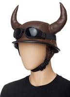 Шлем с рогами и очки
