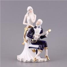 Статуэтка Влюбленная пара с гитарой