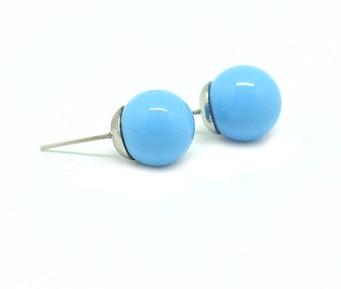 Голубые серьги-гвоздики Бусины