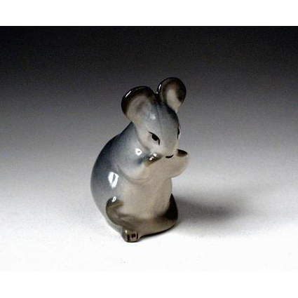 Анималистическая скульптура «Мышь»