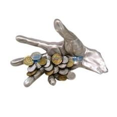 Статуэтка «Рука с монетами»