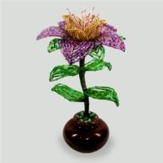 Цветок Фантазия из бисера в вазочке из оникса