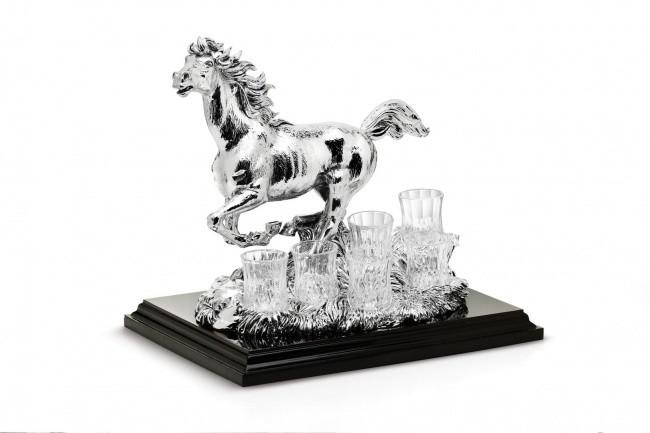 Набор Chinelli 6 рюмок  на подставке Лошадь