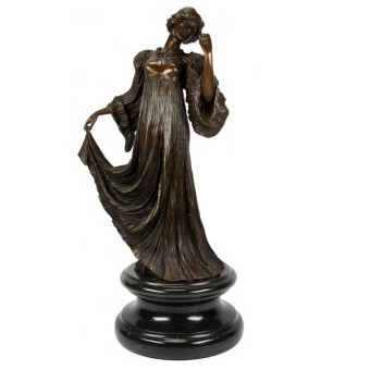 Бронзовая статуэтка Танцовщица с яблоком