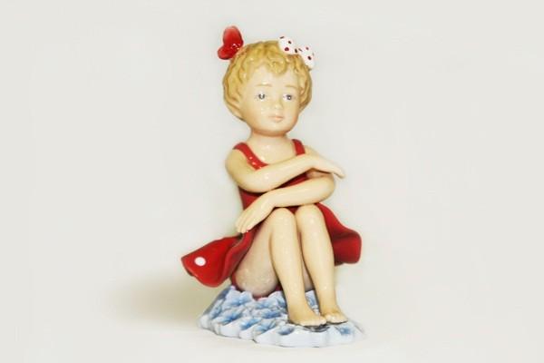 Статуэтка Балерина в красном платье от Navel