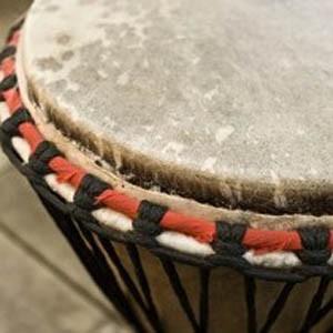 Мастер-класс игры на этнических барабанах