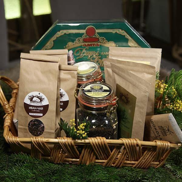 Подарочная корзина с чаем Сладкие грезы