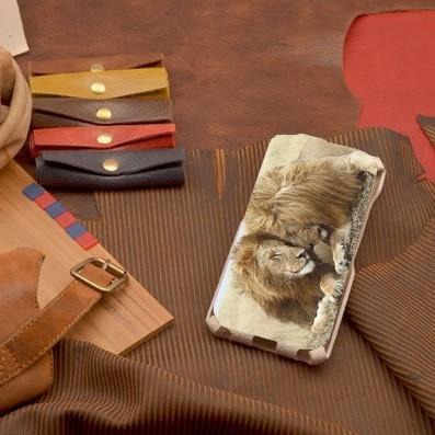 Кожаный чехол-флип для iPhone 6S / 6 Влюбленные львы
