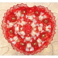 Сердце из конфет Raffaello