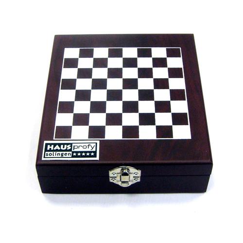 Шахматы. Набор для вина