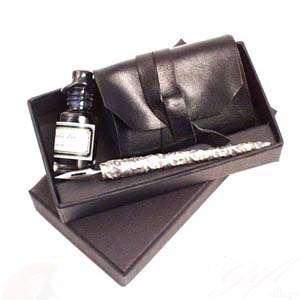 Набор: перьевая ручка, кожаный блокнот, чернила