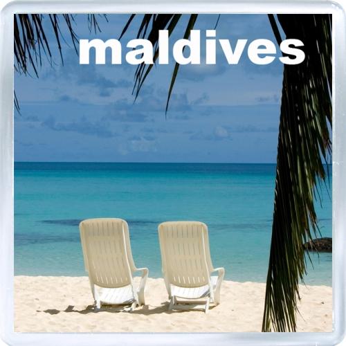 Сувенирный магнит на холодильник: Мальдивы. Пляж