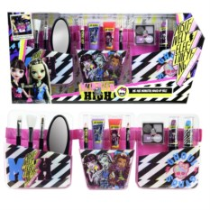 Детская косметика Markwins Monster High с поясом визажиста