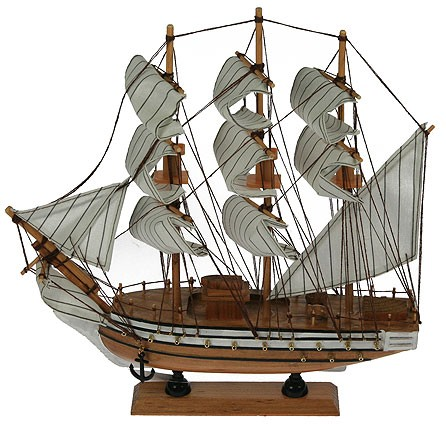 Модель корабля.