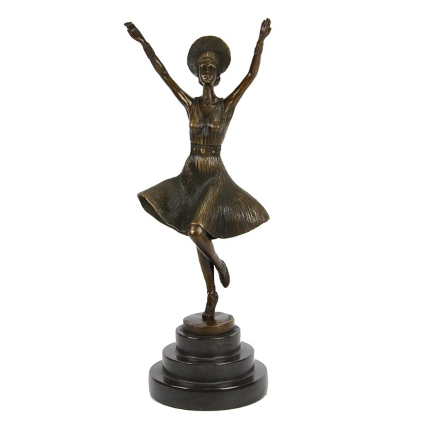 Бронзовая статуэтка Танцовщица с кокошником
