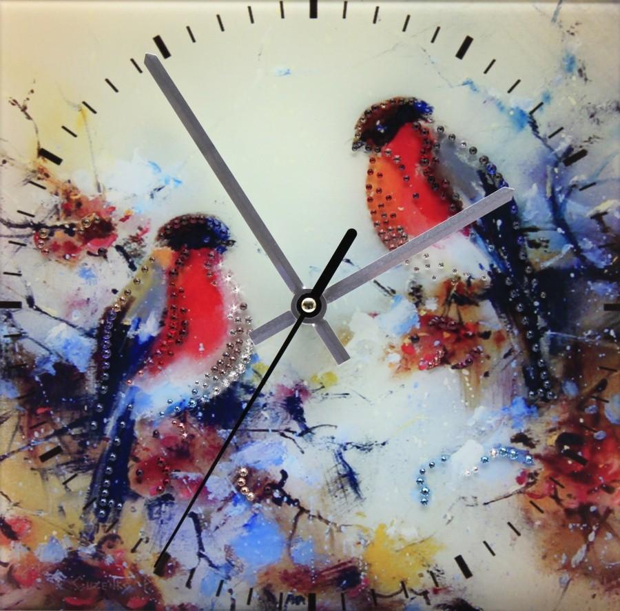 Настенные часы с кристаллами Swarovski Снегири