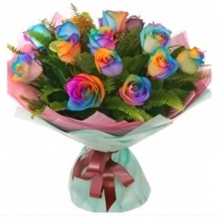 Букет цветов 15 радужных роз