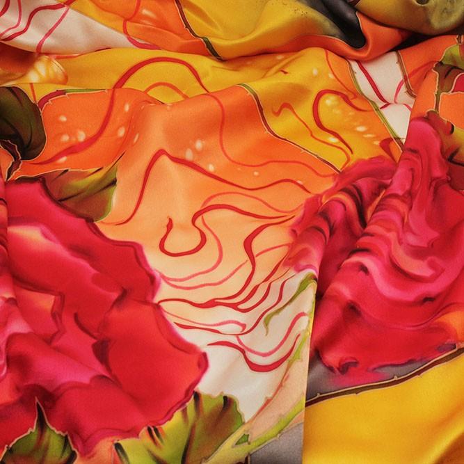 Платок «Розы на атласе»